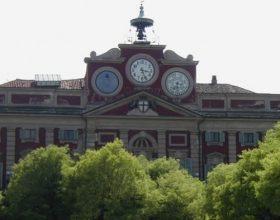 Le cuoche di Costruire Insieme occupano Palazzo Rosso e chiedono le dimissioni del sindaco