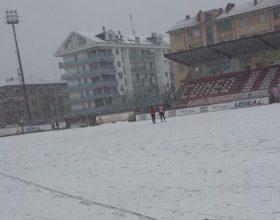 Dalle 20.05 il meglio di Diretta Sport: le repliche delle interviste del dopo gara. Rinviata Cuneo-Derthona per neve