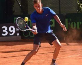 Tennis: Matteo Donati esce di scena ai quarti del torneo di Milano