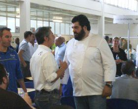 Il Masterchef Cannavacciuolo ai fornelli della mensa Michelin