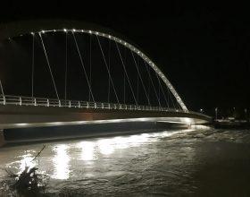 Uomo si toglie la vita gettandosi dal Ponte Meier