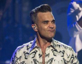 """Il video di """"Love my life"""", il nuovo successo di Robbie Williams"""