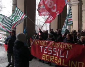Uniti per la Borsalino: lavoratori, sindacati e istituzioni insieme per salvare la storica azienda