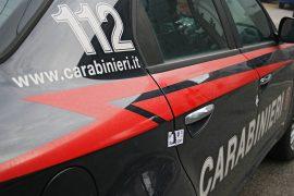 Danneggiati una panchina e un cartello stradale a Ticineto: denunciati quattro ragazzi