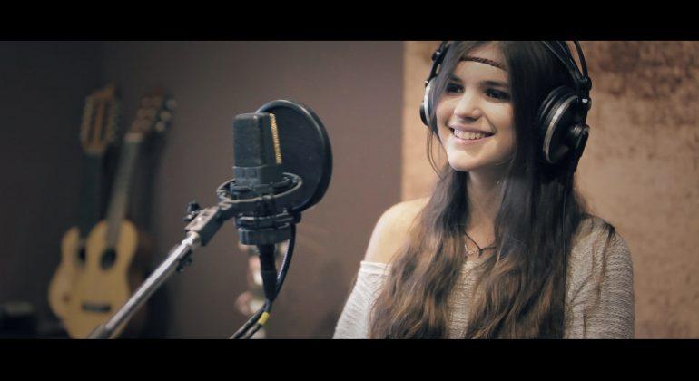 La giovane Chiara Grispo in radio con un brano scritto da Zampaglione
