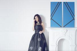 Un nuovo singolo di Laura Pausini per celebrare il successo di Simili
