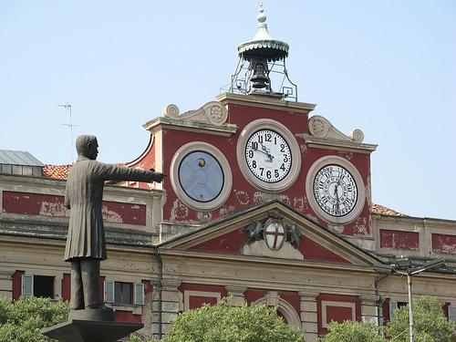 Giornata storica: primo consiglio comunale della giunta Bucci