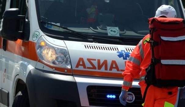 Travolto da un'auto, muore ciclista di Voghera