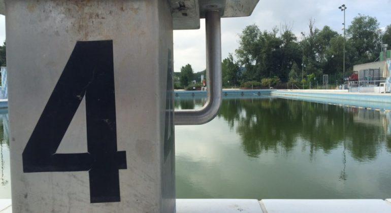 La lunga storia triste della piscina di Valenza