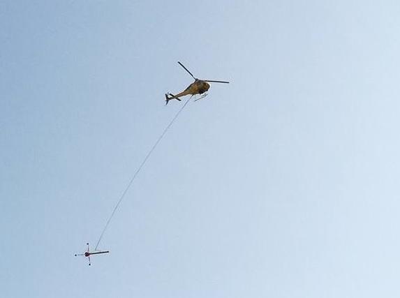 Elicottero Nero E Giallo : Uno quot strano elicottero giallo sorvola tortona e