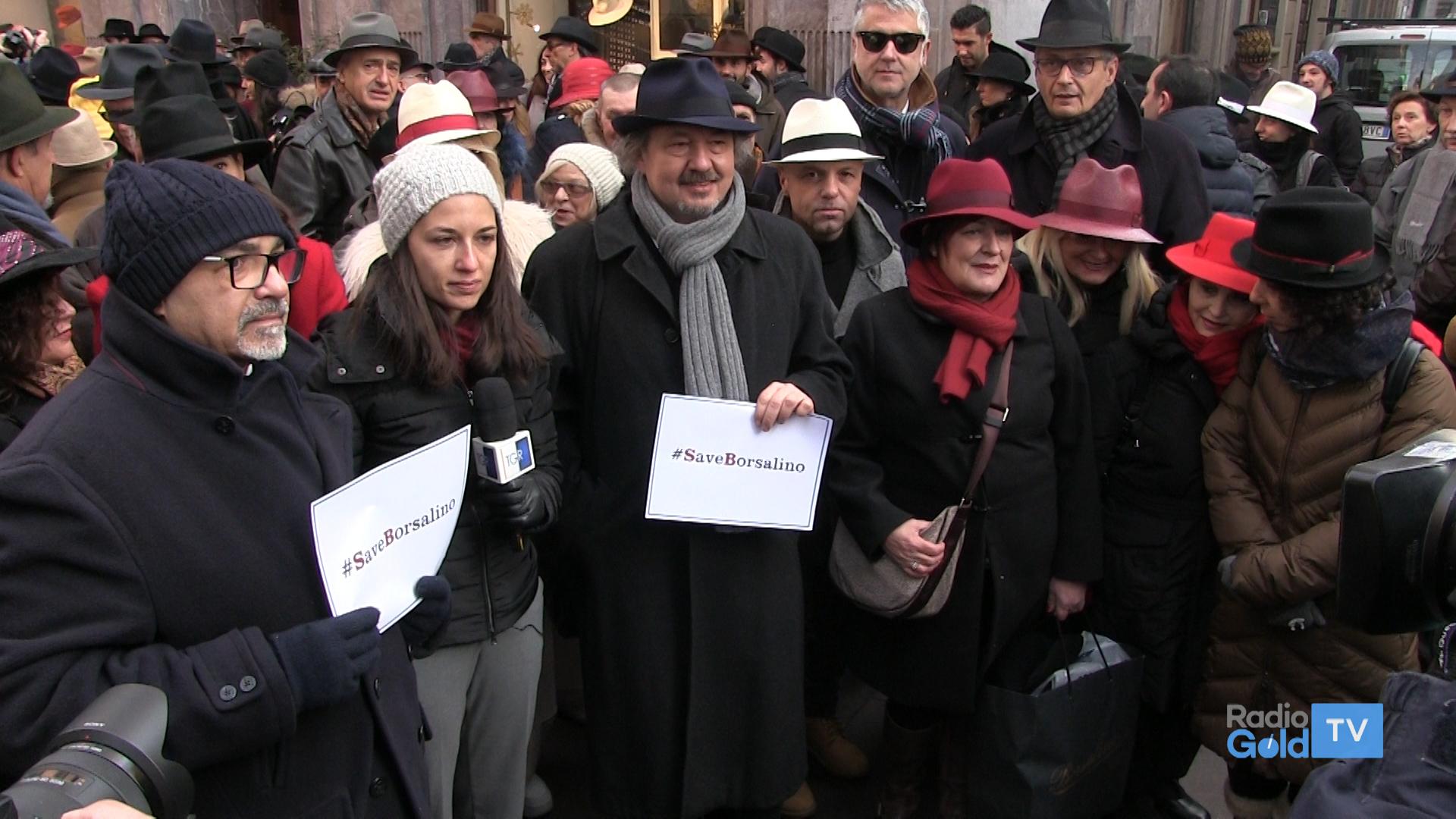 Folla in corso Roma per la Borsalino a87011e44a3e