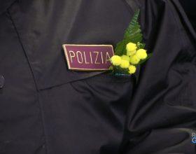 Un regalo speciale per le donne della Polizia