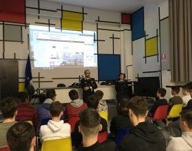 Al Nervi-Fermi speciale lezione con i Carabinieri di Alessandria