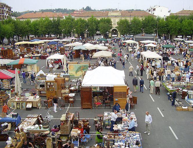Antiquariato e vinili protagonisti a nizza monferrato - Mercato antiquariato casale monferrato ...