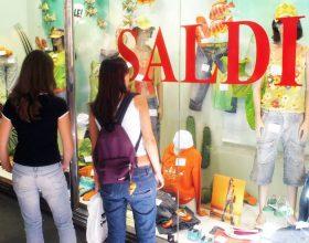 Inizia lo shopping estivo a prezzi scontati