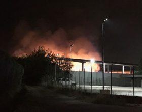 Nuovo incendio alla discarica di Castelceriolo