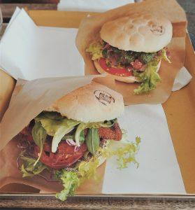 Locali dove mangiare tipico genovese spendendo poco - Panino Marino