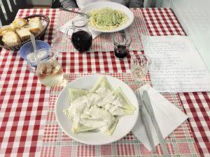 5 locali a Genova dove mangiare tipico spendendo poco - Trattoria da Maria