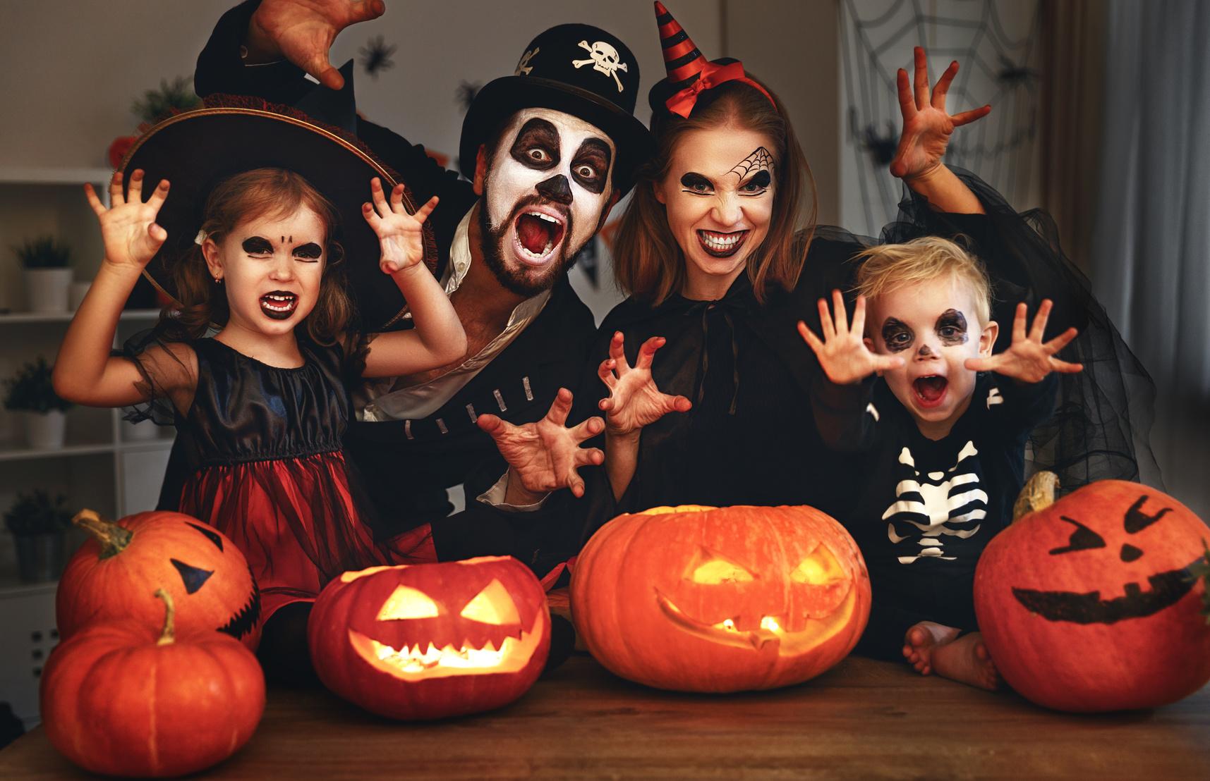 Halloween in anticipo a Novi con travestimenti e trenino itinerante 454fad22e239