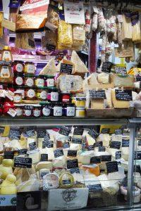 Mercato Orientale prodotti locali di Genova