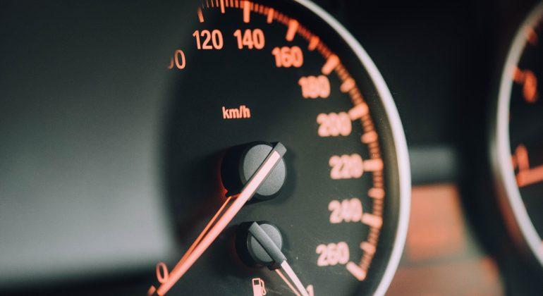 velocità incontri istruzioni host