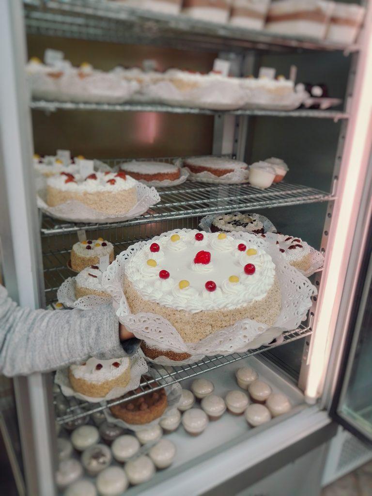 Le 5 pasticcerie di Alessandria dove comprare un dolce regalo di Natale - Pasticceria Voltaggio