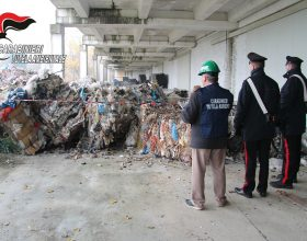 Rifiuti plastici trovati e sequestrati a Spinetta