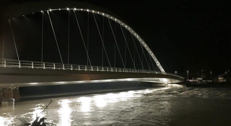 Ponte Meier notte