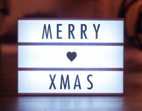 Natale by tom-rickhuss on unsplash