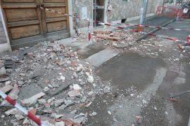 Cornicione caduto via Firenze Alessandria