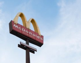 Mc Donald's - Photo by Joiarib Morales Uc on Unsplash