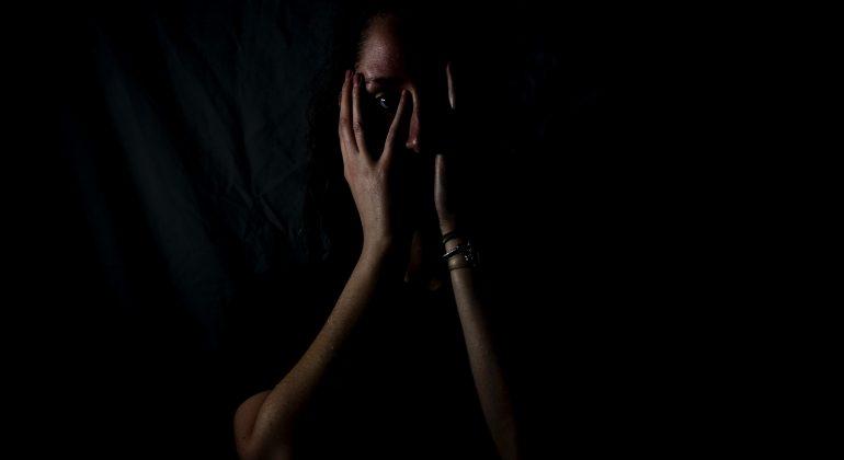 Maltrattamenti in famiglia - Photo by Melanie Wasser on Unsplash