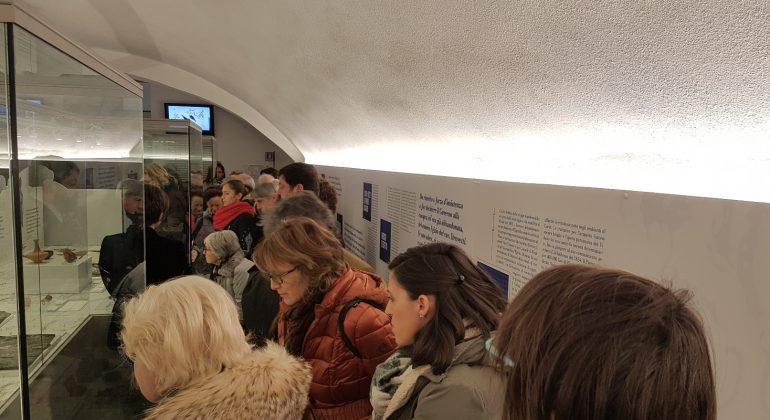 Casale città aperta visitatori alla mostra Vidua