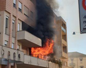 Incendio via Celoria a Casale 25 febbraio 2019