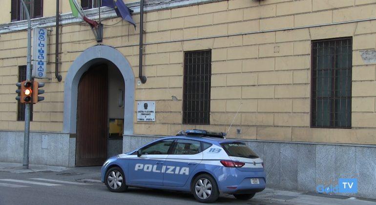 Immagine Senza mascherina davanti al Commissariato di Casale e poi insulta i poliziotti: multa di 400 euro