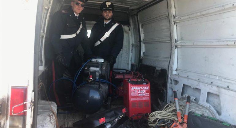 arrestati_quargnento_furgone