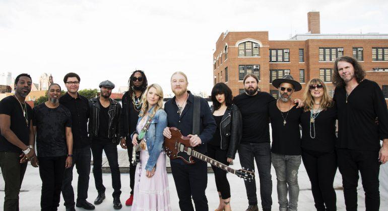 Esce il 15 febbraio il nuovo album della Tedeschi Trucks Band