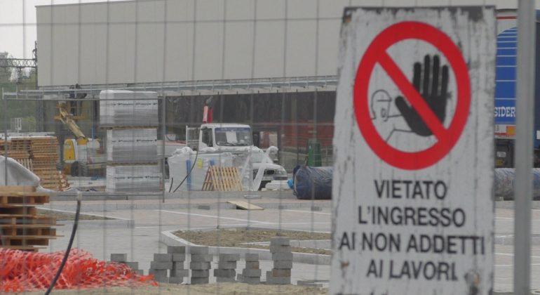 Area commerciale in via Giordano Bruno Alessandria