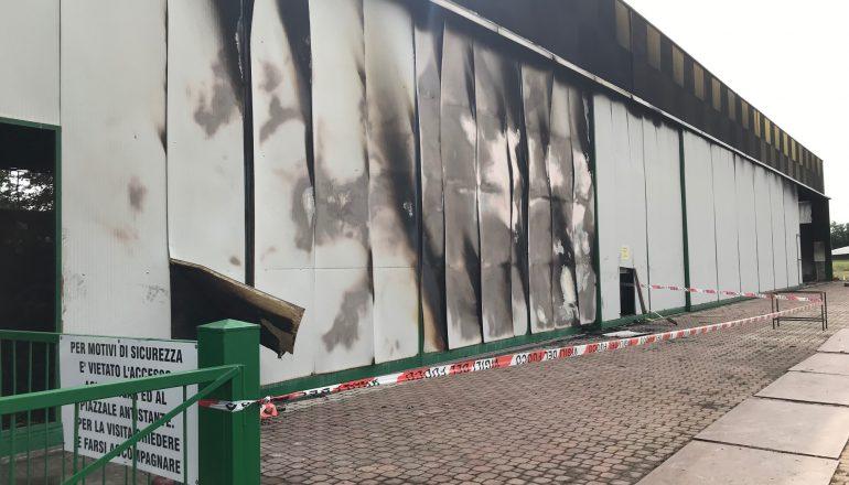 Incendio all'aviosuperficie di Francavilla