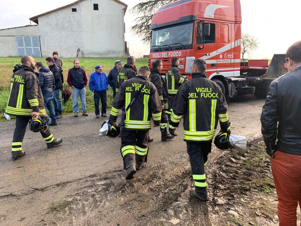Esplode una cascina, muoiono tre vigili del fuoco: