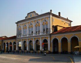 Casale Bene Comune: iniziativa in piazza Mazzini contro la chiusura della biglietteria della stazione