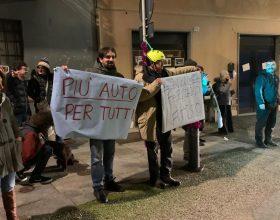 Protesta piazza Santa Maria di Castello Alessandria
