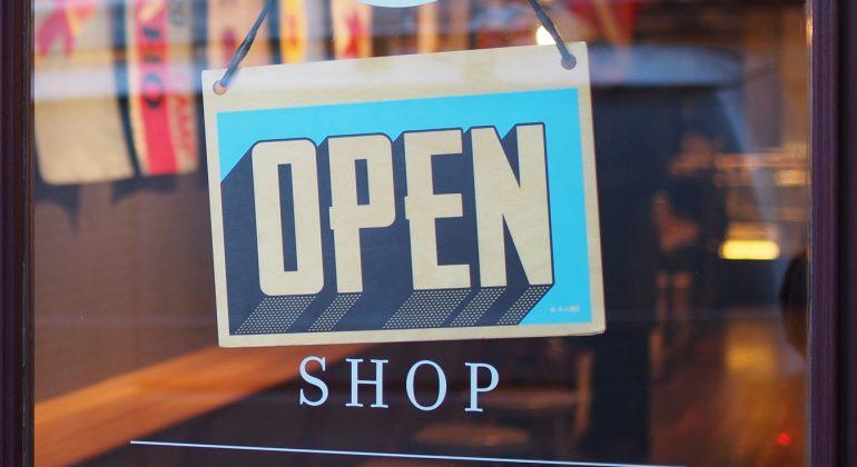 Quali sono i negozi che riaprono al pubblico in zona arancione in Piemonte
