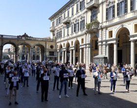 Ad Alessandria il flash mob della Lega: tutti fermi e in silenzio