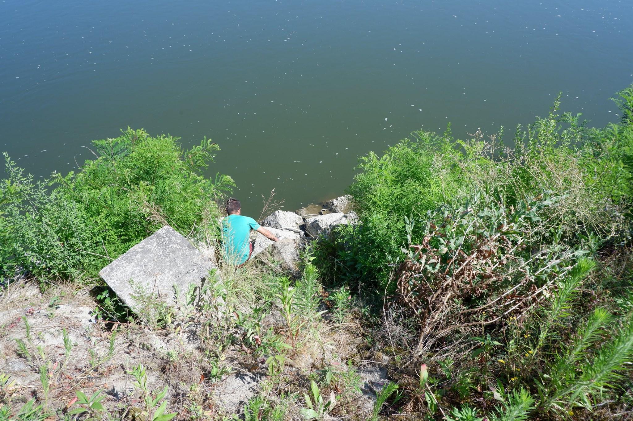Rifiuti fiume Po