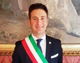 Il sindaco di Casale spiega i comportamenti da tenere per chi rientra dall'estero