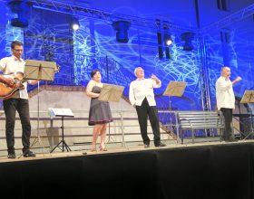 La Compagnia Teatrale Fubinese torna a San Michele con Stai su da dosso