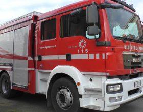 Incendio di una parte di capannone e di un muletto a Melazzo