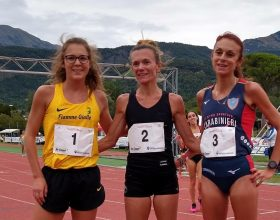 Valeria Straneo, altro arrivo a braccia alzate: è campionessa italiana sui 10 mila metri