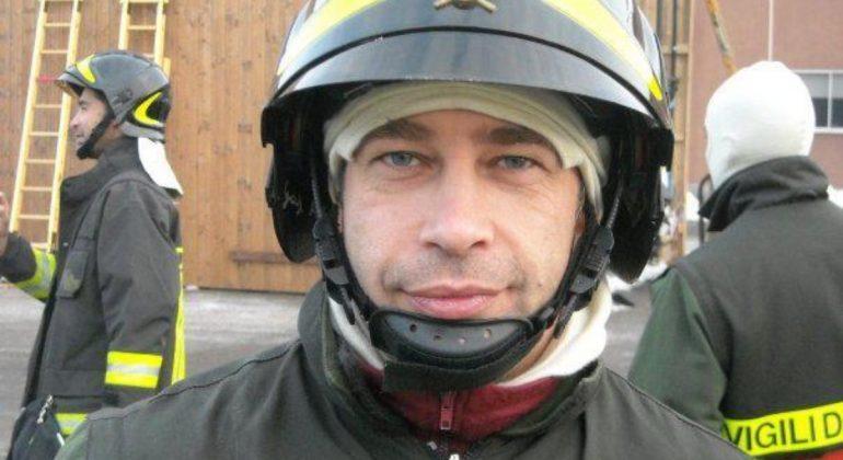 A Gavi un'aula scolastica dedicata al vigile del fuoco Matteo Gastaldo morto a Quargnento